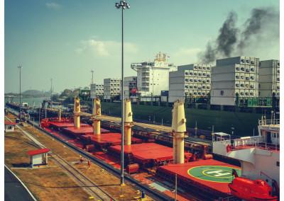 Panama_Panama City_Canal (4)